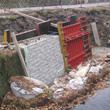 Strukturschalung Stützwand am Loose Wehr in Niederdorf